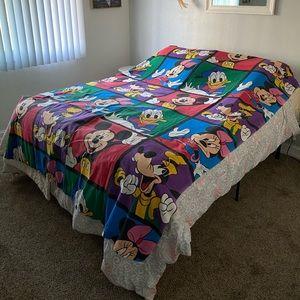 Vintage Walt Disney Mickey Goofy Minnie flat sheet